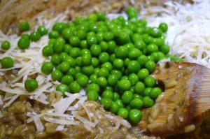 Adding green peas to Italian Mushroom and Pea Risotto